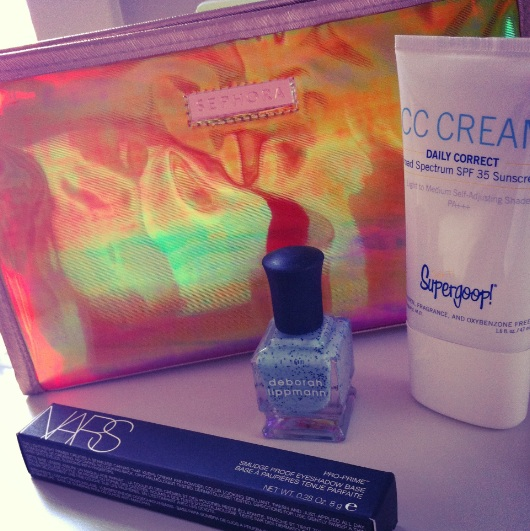 Sephora-Holographic-Makeup-Bag