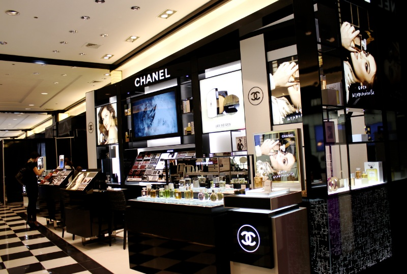 Chanel-Bloomingdales-Chicago