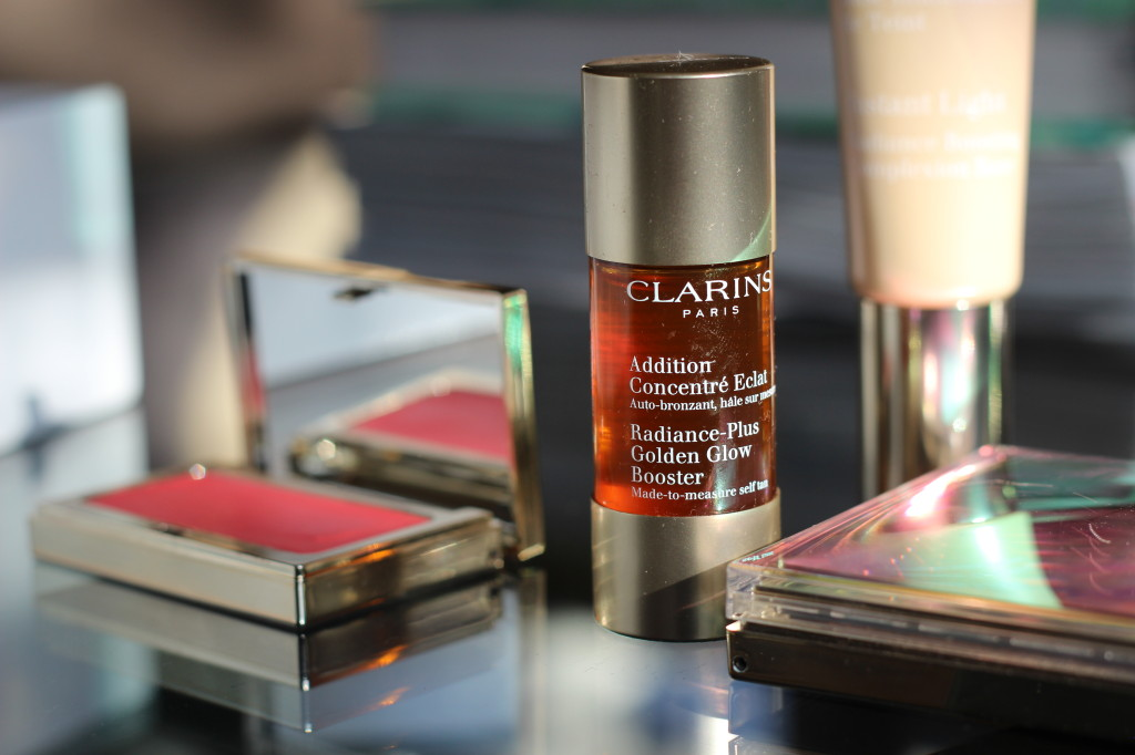 Clarins-Golden-Glow-Booster
