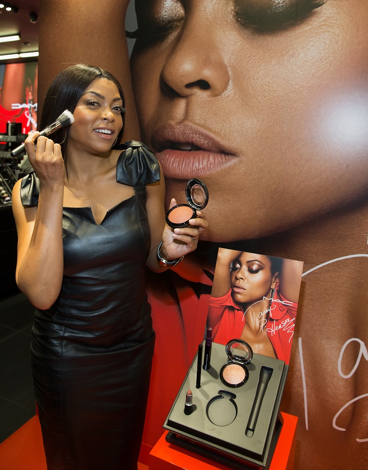 CHICAGO, IL - SEPTEMBER 07: Taraji P. Henson at MAC Michigan Avenue on September 7, 2016 in Chicago, Illinois. (Photo by Tasos Katopodis/Getty Images for MAC)
